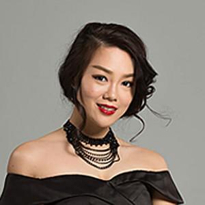 Dr. Amelia Siah