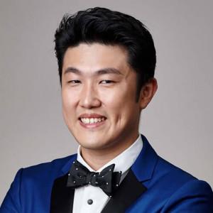 Dr. Moses Ng