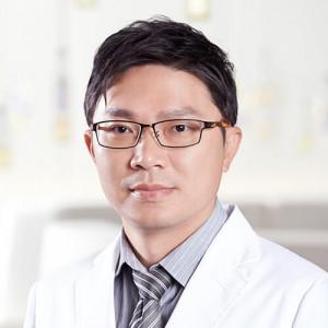 Dr. Huang Chih-Hung