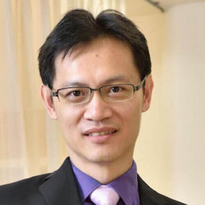 Dr. Long Yew Giin