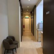 Q Dental Clinic - Hallway