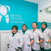 Queck Dental - Dental Assistants