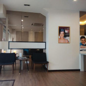 iCare Dental (Damansara Jaya) - Waiting Area