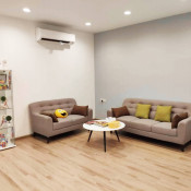 Lau Dental Clinic & Surgery - Waiting Area