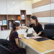 Premier Clinic Bangsar - reception counter
