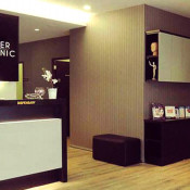 Premier Clinic TTDI - registration/dispensary counter